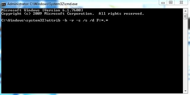 حل مشكلة إختفاء الملفات من الفلاشة USB وظهورها فارغة (بثلاث طرق)