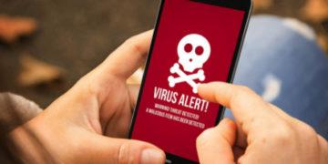 كيف تعرف أن هاتفك الأندرويد مصاب بالفيروسات ؟ وكيف يمكنك إزالتها ؟